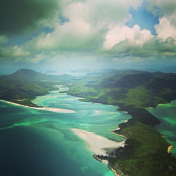 Headed to #WhitehavenBeach by #seaplane in #Queensland with @laurenepbath! (via IG) http://t.co/CQHPbI92t3
