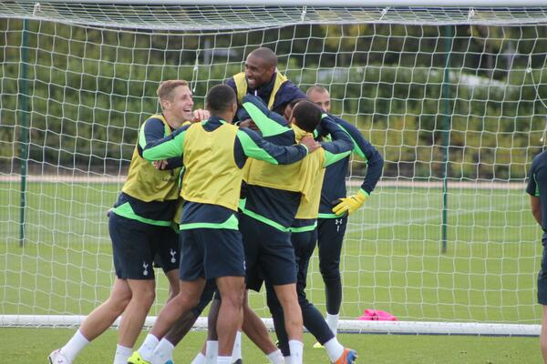 BWybvSGCEAAMGeU Next goal wins! Sandro, Adebayor & Townsend (on the left) star in Spurs training video