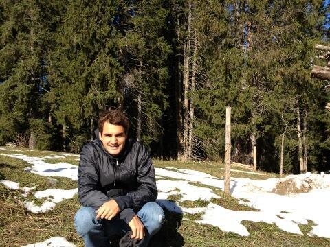 RT @rogerfederer: Love to be in Switzerland! #sali http://t.co/HgR5lbOwaM