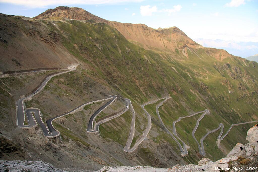 Top Portion of the Stelvio Pass in Italy's Eastern Alps http://t.co/ZLiCRaeVZG