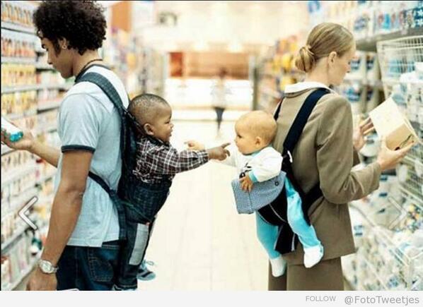Kindjes worden tenminste zonder racistische gedachten geboren! #fototweetjes http://t.co/QTKEcIXvEm