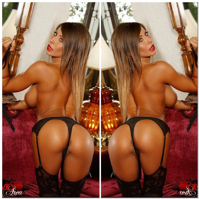Can I tempt u with a little bite? ;D #BunBite http://t.co/VX4TQVvNTz