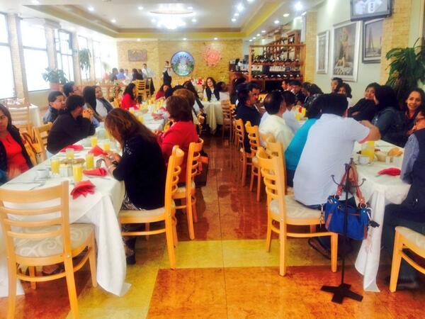 ICAPET Oaxaca (@ICAPETOaxaca): Celebramos el Día del Empleado con un desayuno para personal de base del Servicio Nacional de Empleo @TeresitaAhuja http://t.co/225MH2gs47