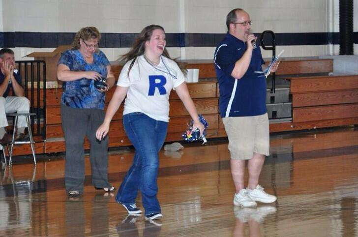 This was taken right after I busted it in front of the whole school at the pep rally... Still makes me laugh ���� http://t.co/OomvP5jzuG
