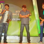 RT @rameshlaus: Here is @ThisIsDSP after receiving his award from Dir #KSRavikumar at #Globus Style Awards..