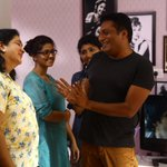 The joy of directing such a wonderful actor oorvashi. Hats off to her energy. A moment 4u from my trilingual http://t.co/dSPbV4j0BW