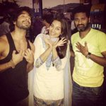 Its a Film wrap for @sonakshisinha on @RRTheFilm ... She clearly seems to have moved on unlike me n @PDdancing