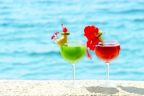 Happy #ThirstyThursday! Click RETWEET if you'd rather be sipping these in the #Bahamas right now! http://t.co/vWC6a3BwKK