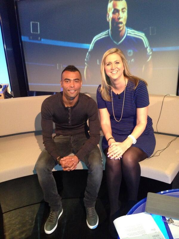 Here's a pic of @TheRealAC3 in the #ChelseaTV studio ahead of tonight's Friday Night Live show... #CFC http://t.co/BRAxajseVe