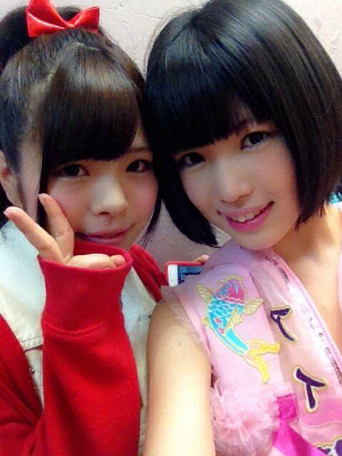 SGPのあすかちゃん( @hazuki_asuka )ともお写真撮ったよ💓あすかちゃん妄キャリの事知っててくれて…(*´ω`*)あぅ CDも頂いたので聴き合いっこするしかです(⊃ω⊂)///SGPさんかっこよかたー! http://t.co/52vpf0FFye