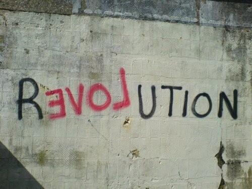RT @Lesgarcons75003 On ne fait rien sans amour #streetart @courauclotilde @iznogoodgood @HubertNathalie @HaroldCobert http://t.co/yDm1cTbjNC
