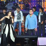 RT @Hafiloveshruti: @ShwetaPandit7 Found this pic on net :) I'm so loving it !! *.* http://t.co/3A3T3B9Sna