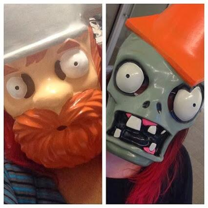Plants vs. Zombies (@PlantsvsZombies): Want to get your hands on one of these #PvZ2 themed masks? RT today for your chance to win! http://t.co/85MJkFh6X4
