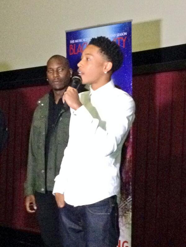 Chk out @jacoblatimore & @Tyrese as they introduce an adv screening of #Blacknativity #ATL to a packed house of ppl http://t.co/61Mii7fbJo