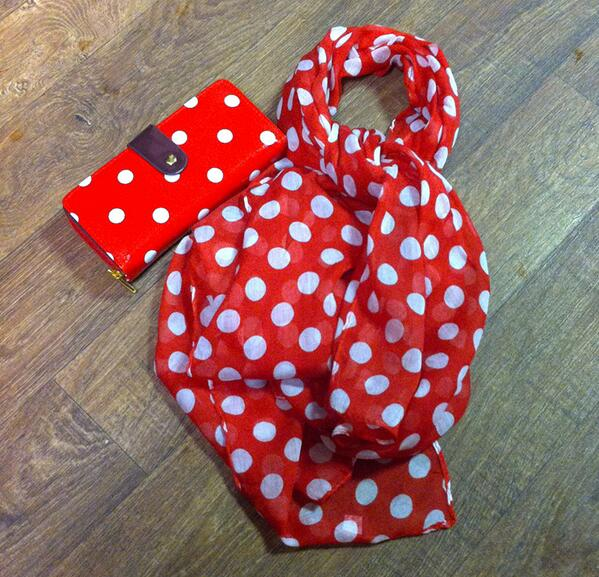 Emma @ My Vintage (@emmabphilosophy): Christmas Gift Ideas! Brand new red polka dot scarf & oilcloth purse. Only £15 for both. We can post worldwide too! http://t.co/wPdAZtx9tq