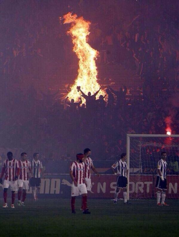 BYFqnUdIgAAgPkx Bonfire night in the stadium as fires burned during Red Star Belgrade 1   Partizan Belgrade 0 [Video & Pictures]