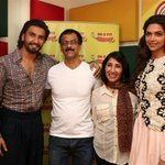 The winners of the #Ramleela contest with the reel life Ram: @RanveerOfficial and Leela: @deepikapadukone http://t.co/59RAswD9fB