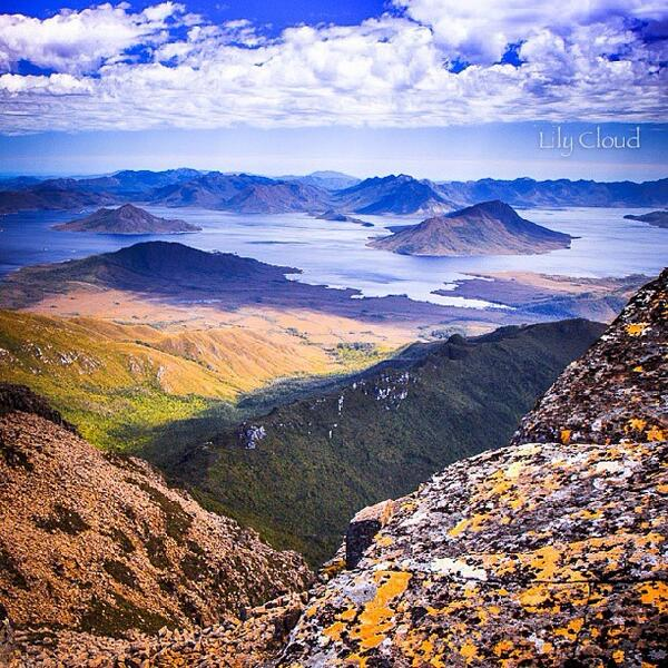 What a view of Lake Pedder from Mt Anne in the Southwest NP in #Tasmania. Great shot by @_lilycloud_! (via IG) http://t.co/3sew9QmoWq