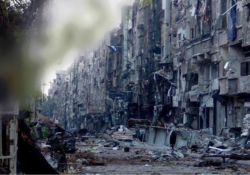 RT @THE_47th: Undated pic: Yarmouk Palestinian Refugee Camp in Damascus after months of siege & bombardment by Assad forces #Syria http://t?