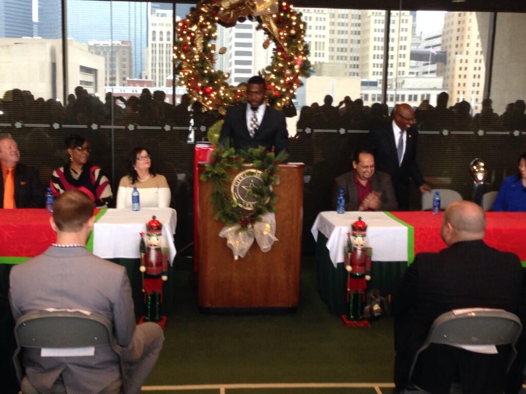 Dez Bryant at Dallas City Hall for Annual Home for the Holidays toy drive and adopt-a-family campaign http://t.co/ak2TFi5Rie