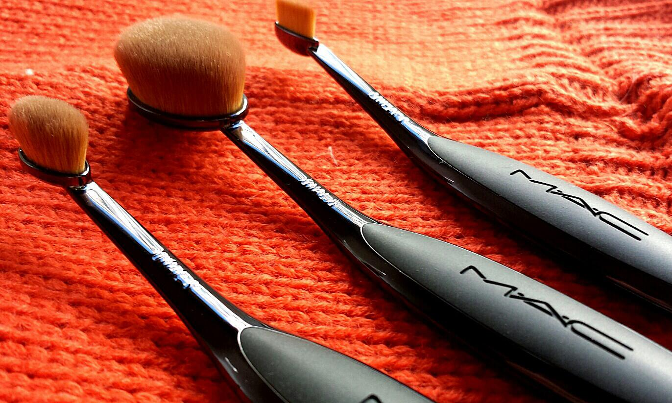 Brush off basic. All about that MAC Masterclass Brush Collection, available online now. http://t.co/FmPcizfOIs