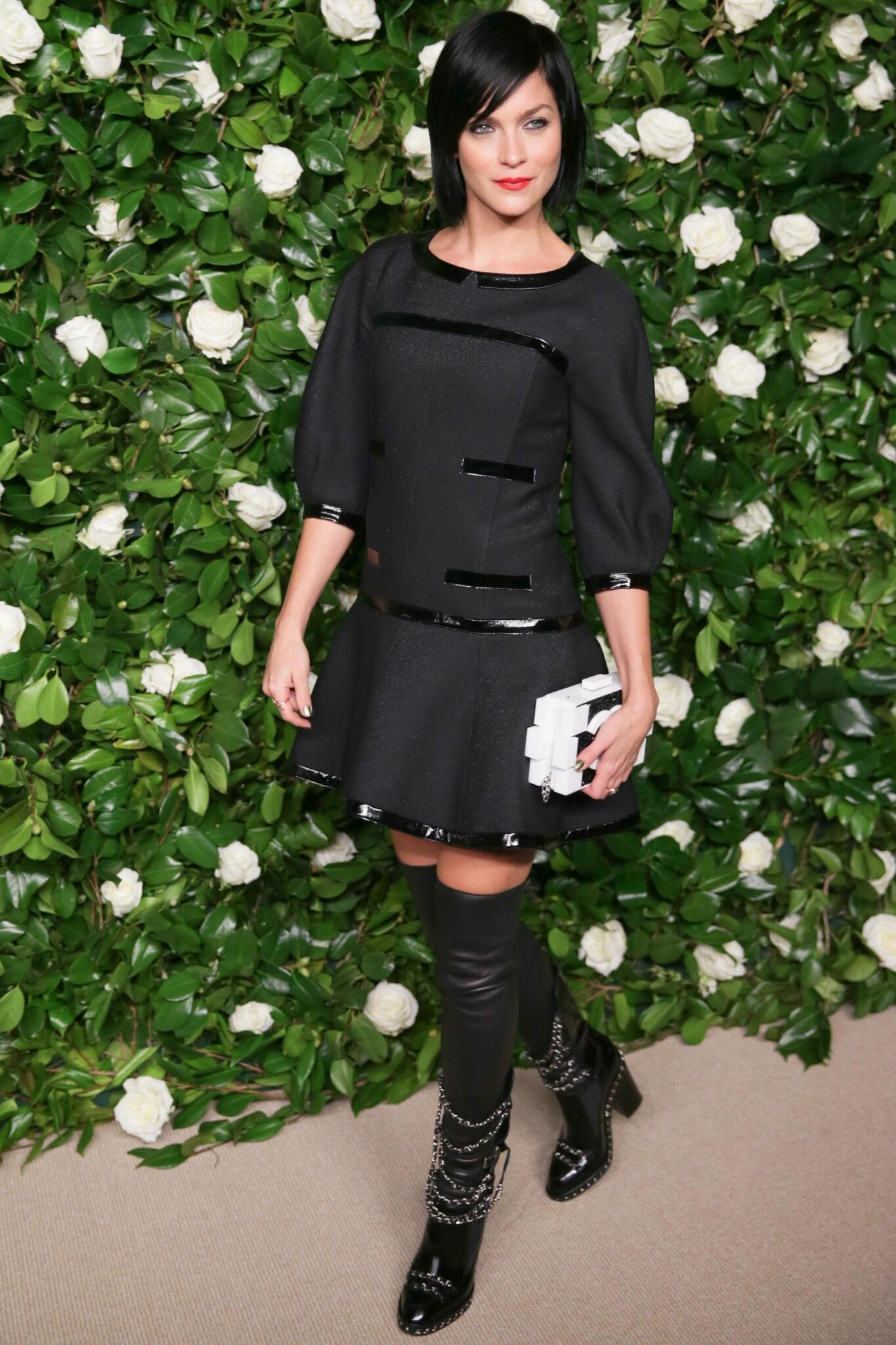 La Fidèle Leigh Lezark from @THEMISSHAPES at last night's #MoMAFilm gala wearing a black dress from 2013/14 F/W RTW http://t.co/3Ylx5UI5LD