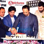 Zee TV hosts grand party last nite to celebrate the top ratings of #ChennaiExpress. Pic 1... http://t.co/EEDVQJKEbO