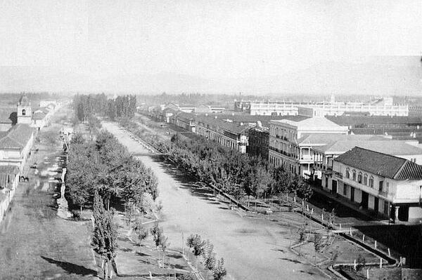 Vista de la Alameda, Iglesia de San Francisco y el Palacio de la Moneda en el año 1860. @sebastian_gray @CirculoArq http://t.co/oBO8GRXkaF