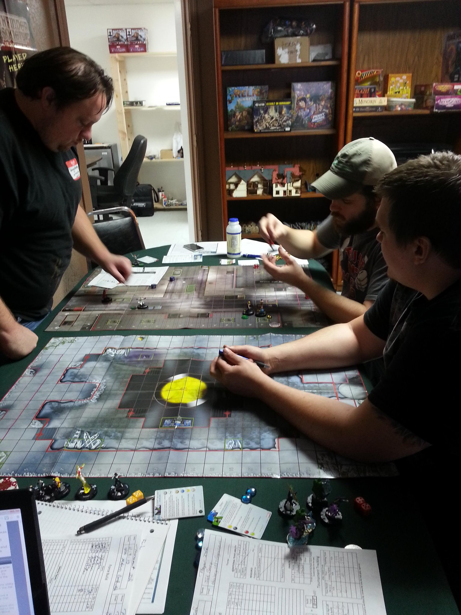 Dustin and Rush in heavy clix action today at the shop!  Dustin's Fantomex - Shatterstar combo dominated! http://t.co/piUumdQAbQ