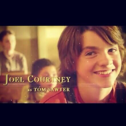 Chantelle Courtney (@TelleCourtney): new Tom Sawyer trailer! and it looks great but this is my favorite part. #tomsawyerandhuckelberryfinn @Joel_Courtney http://t.co/wMS8H5wGy7