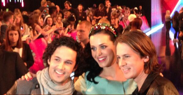 At the @mtvema with @katyperry! http://t.co/LTHy5fAqDo