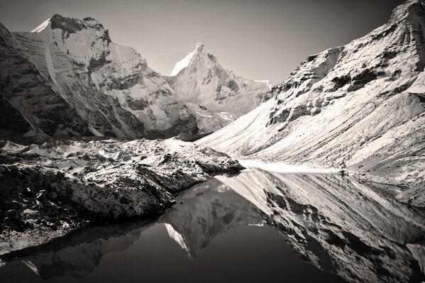 RT @alpineartist: Our #objective: #thalaysagar's cold #northface seen here in Kedar Tal. (Tal means lake) @Arcteryx @RydersEyewear http://t.co/dZWiSF88P1