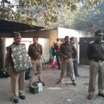 RT @SubhajitSG: High security at the special CBI court Ghaziabad #AarushiHemrajMurderCase http://t.co/YzurUymikN