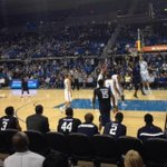 RT @derekbeumer: Try and find the back of @TerrellOwens head in this picture.  #Uclabball http://t.co/G7XtL5nb4s http://t.co/G3iZD0ucHQ