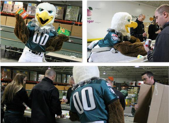 We had the @Eagles staff volunteer at our Hunger Relief Center. Guess what special bird came by to lend a wing! http://t.co/xZqQ6bbXet