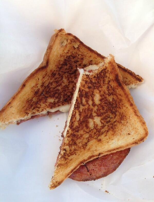 Mmmmm... Pork-Roll Grilled Cheese... http://t.co/mXgUPcZkTX