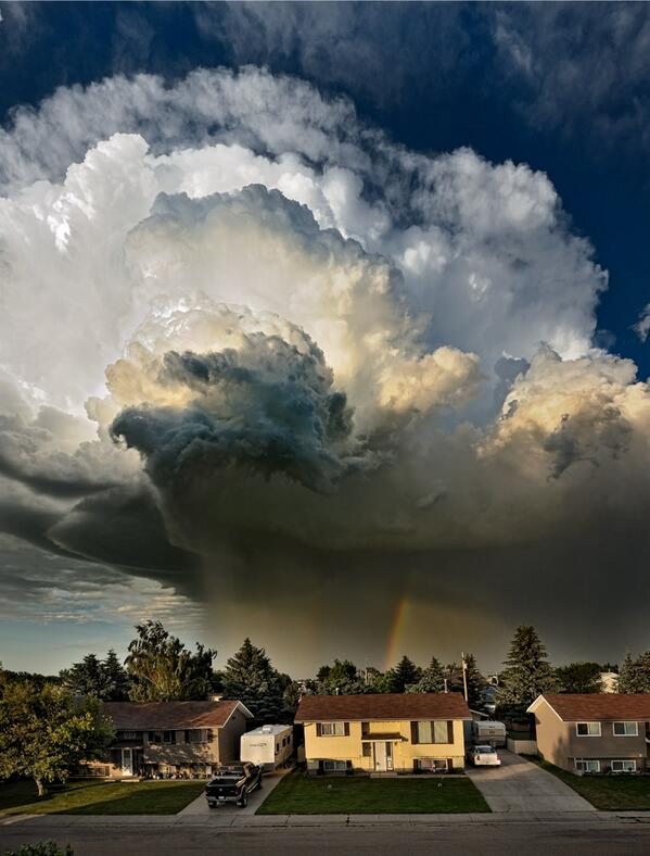 Pat Kavanagh Captures an Epic Storm Cloud in Taber, AB, Canada http://t.co/WnQukEvlbY