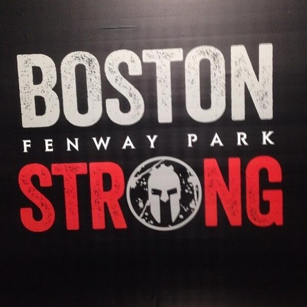 "Pumped to do this w/ @Sc0ttsLife & @Danielmsullivan. #crowdly ""@SpartanRace: Let's do this. #SpartanRace #FenwayPark http://t.co/qRiIIbIZBs"""