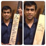 My bro in law's  bday gift few years ago.The master signed happy bday and team India signatures too. Precious http://t.co/QZdvBHMzsG
