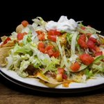 GIANT NACHOS SURE LOOK GOOD!! @cornerpubtn - Vandy-Bellevue-Franklin Menu- http://t.co/q5gKfxJ1ZY - http://t.co/4S5mHq1bOR