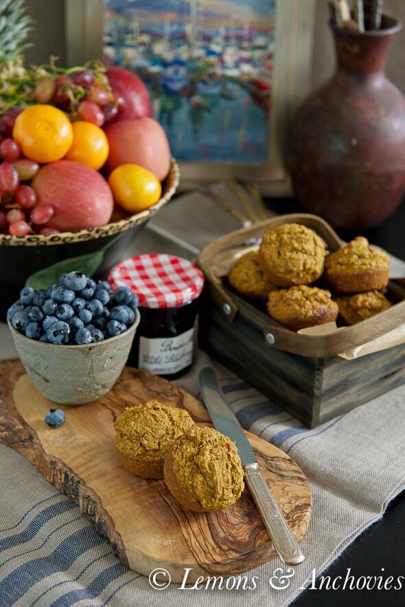 Start your week off right. Pumpkin Bran Muffins. #healthy #pumpkin http://t.co/ddTP5BDWoi http://t.co/VVdTKcof6s