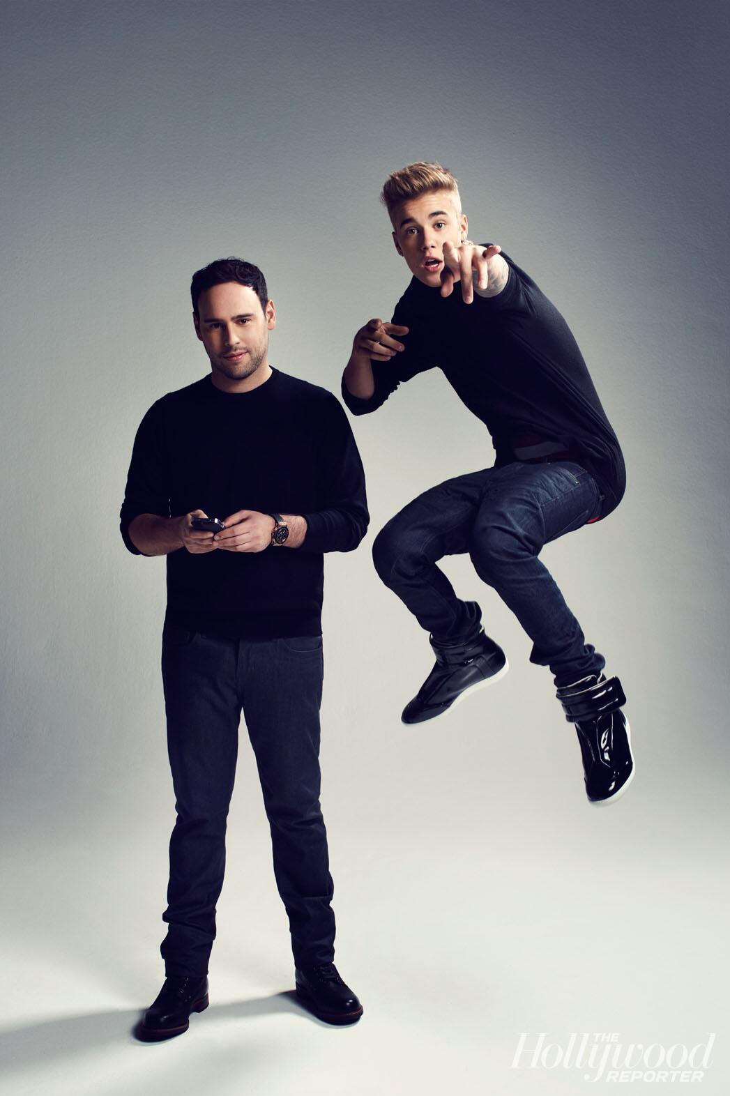 Love this shot of @justinbieber @scooterbraun http://t.co/aeIXeBMSYC