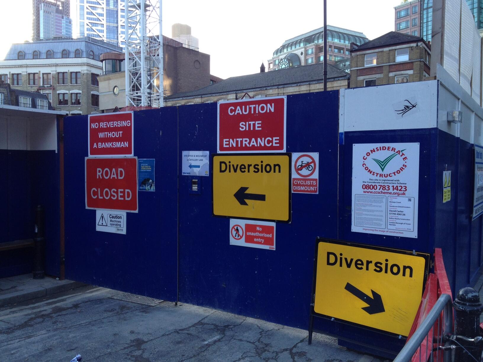 Finding plenty of diversions here in London. #funnysigns #London
