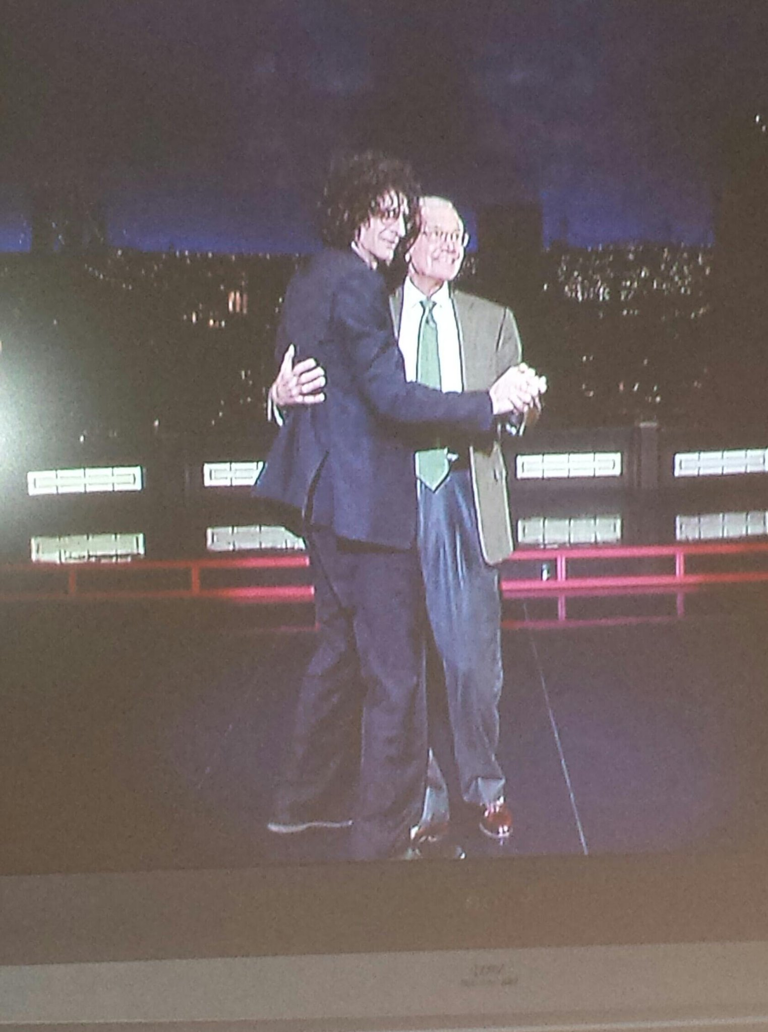 RT @MidnightramblaH: @HowardStern great appearance last night.. I'm still laughing http://t.co/hEn6OpPhpF