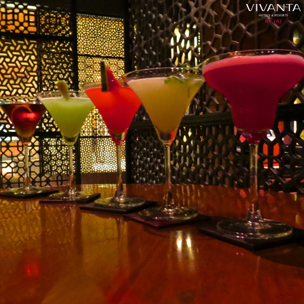 A colour for every mood! Which Winktini are you taking on a date at WINK? #ColoursOfVivanta http://t.co/eqdd74STJH http://t.co/VBs7WDVIER