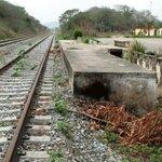 "via @Vzla_Alejandro:  340 Millones UD$ invirtieron Tramo Ferroviario Barquisimeto-Yaritagua, Nunca se Terminó  http://t.co/mzQAyxomOM"" Haim"