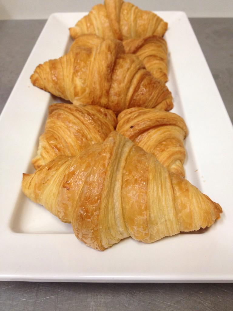 #redrock stepping up it's croissant game. Fresh baked daily. #aviebakery http://t.co/EDJwGRRwhO