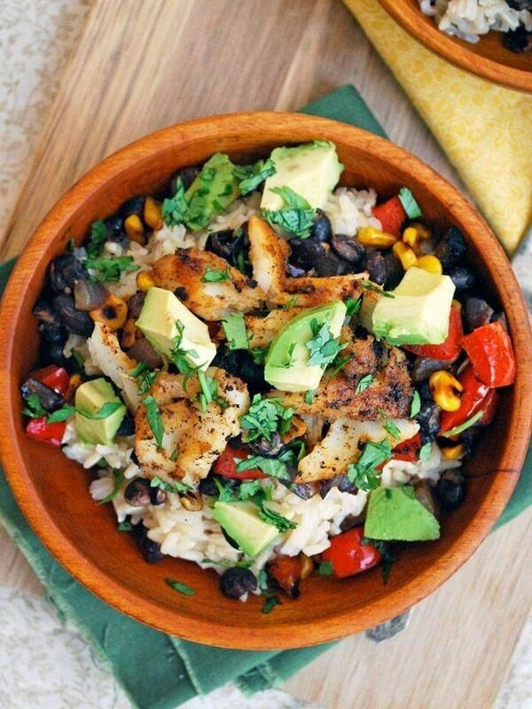 Try this healthy meal for a change:  Fish Taco Bowl with brown rice, black beans, corn, and avocado http://t.co/DYPF6qFYod