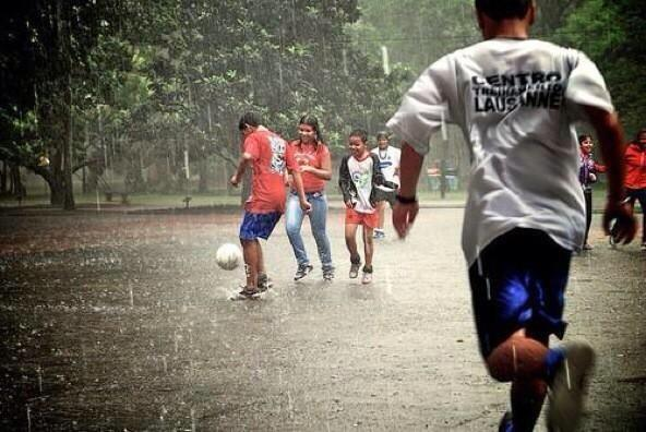 Ini Dia Manfaat Air Hujan Untuk Kesehatan - AnekaNews.net