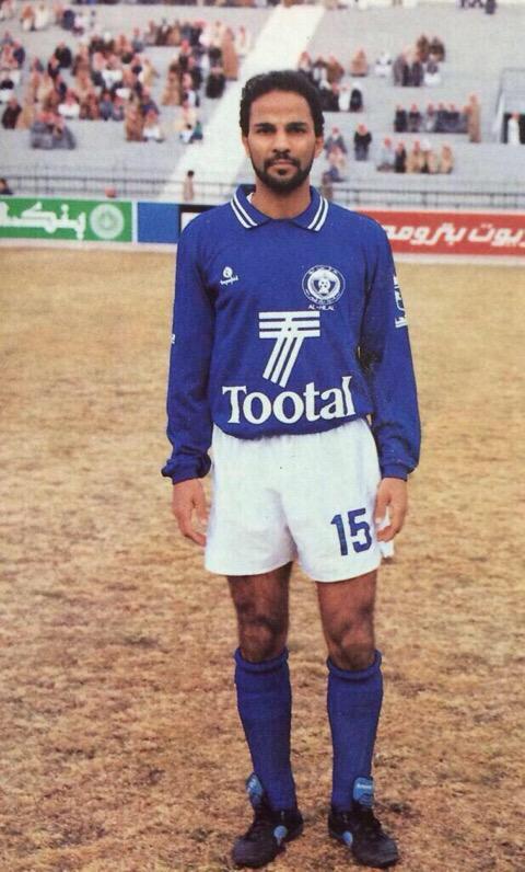 RT @stc_333: #يوسف_الثنيان ياليت اقدر استنسخ منك لاعب كورة قدم حقيقي 💔 http://t.co/akO9TUNkaa